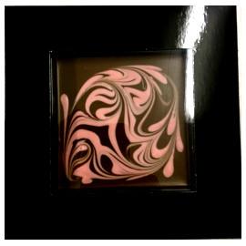 Шоколад СНСО молочный 40% Дизайнерский клубничным шоколадом